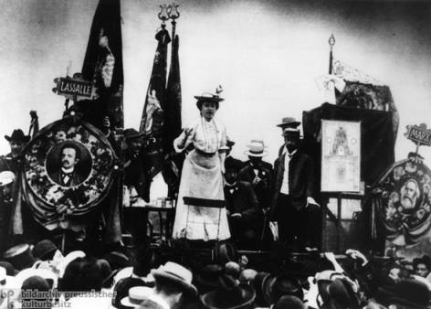 Rosa Luxemburg giving a speech